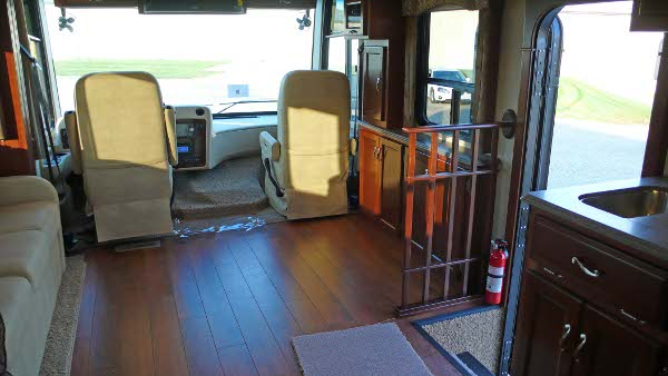 Wheelchair accessible motorhomes for Wheelchair accessible homes for sale in florida