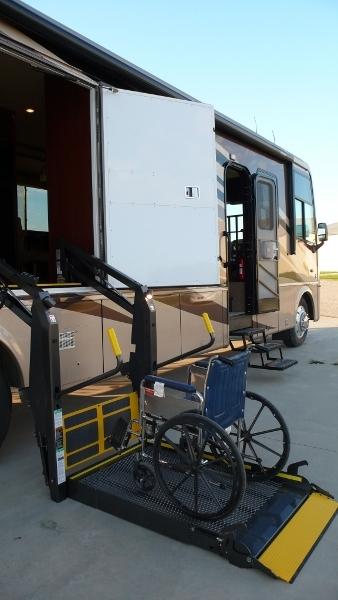 Wheelchair accessible motorhomes north trail rv autos weblog for Wheelchair accessible homes