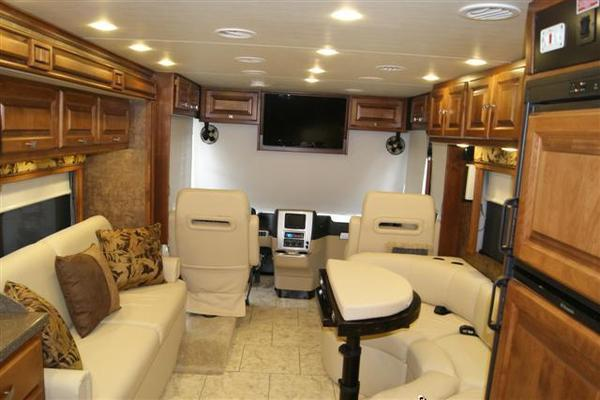 2011 Tiffin Allegro Breeze 28BR