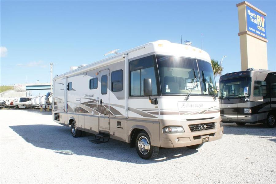 Brilliant 2003 Winnebago Adventurer 35U Class A Gas Motorhome Stock