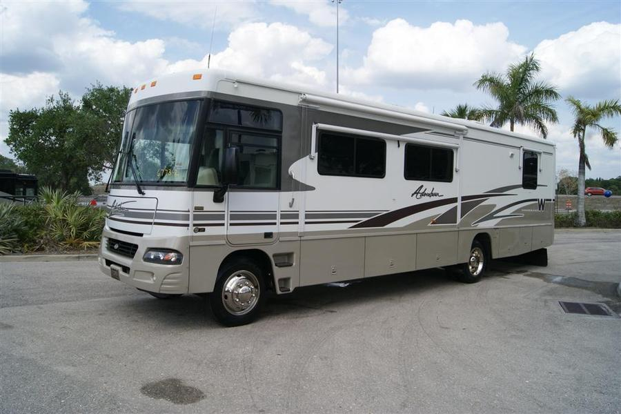 Creative 2013 Winnebago Adventurer 37F Class A Gas Motorhome Stock