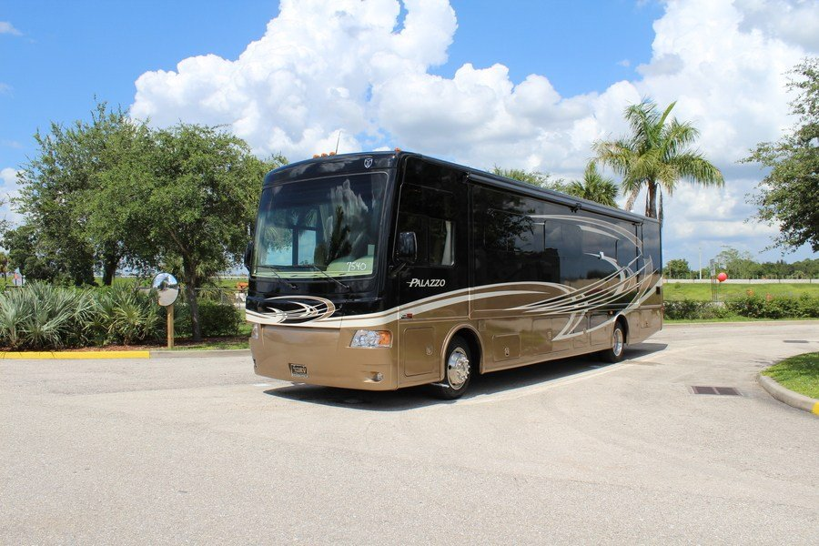 2014 Thor Motor Coach Palazzo 36 1 Class A Diesel