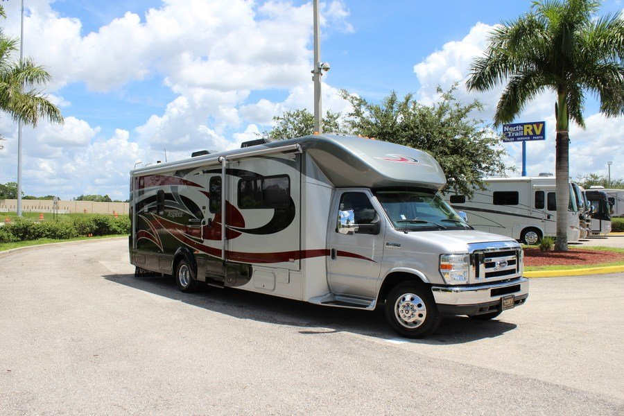 Innovative 2007 Winnebago Aspect 26A Class C East Greenwich RI Arlington RV