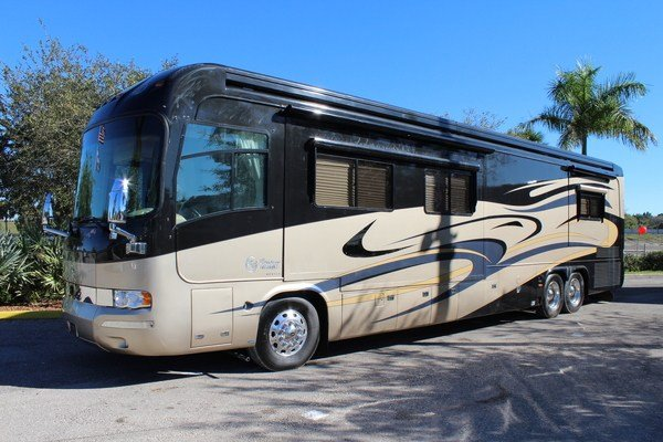 2007 Monaco Whitney Iv EXECUTIVE Class A Diesel Motorhome