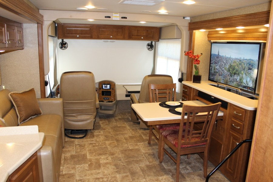 2014 Thor Palazzo 35 1 Class A Diesel Motorhome Stock 8005