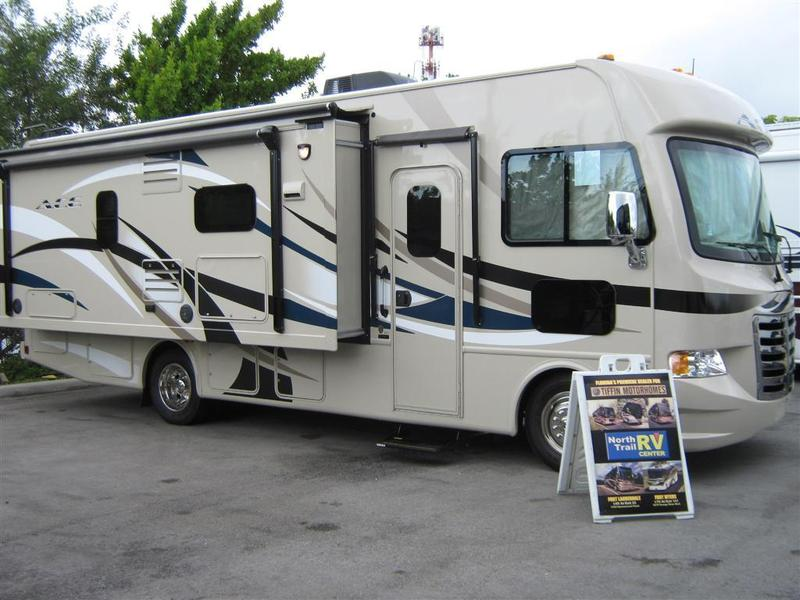 2015 Thor Ace 27 1 Class A Gas Motorhome Stock 8153