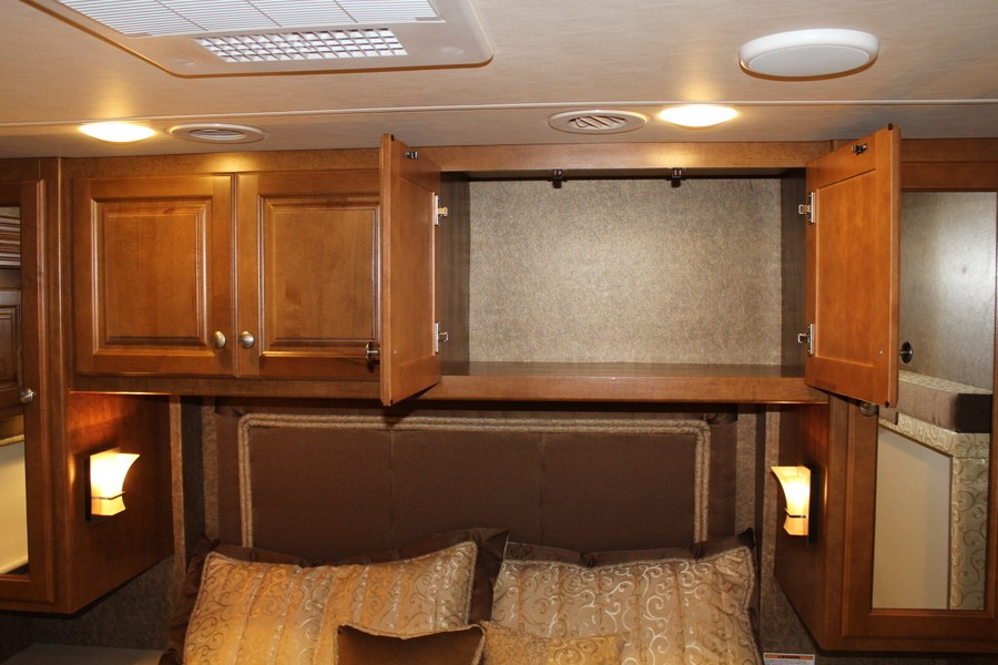 2015 Thor Motor Coach Palazzo 33 3 Class A Diesel