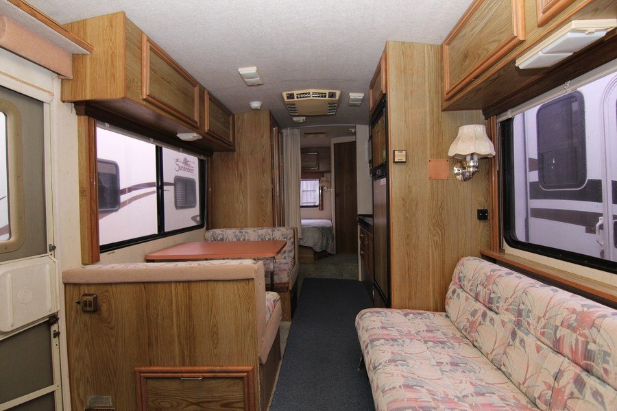 1989 Fleetwood Flair 26r Class A Gas Motorhome  Stock  7904