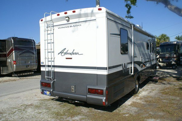 Model 2005 Winnebago Adventurer 33V Class A Gas Motorhome Stock
