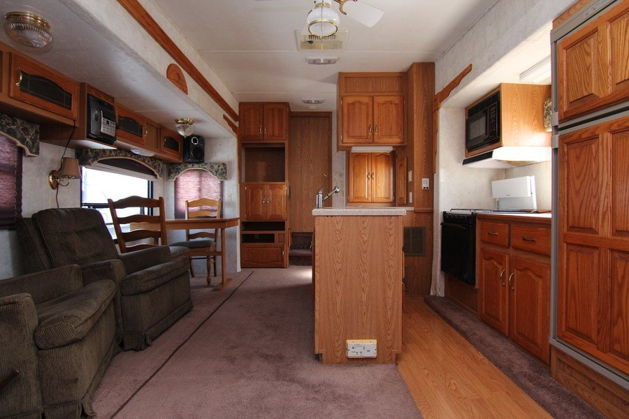 2001 Keystone Montana 3280rl Fifth Wheel Stock 8656 2b
