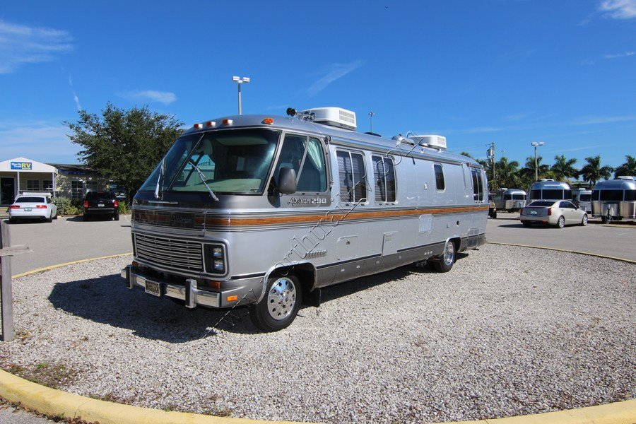 1987 Airstream Classic 290 Class A Gas Motorhome (Stock ...