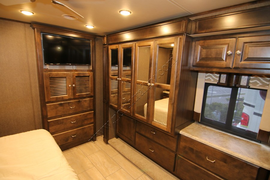 Excellent 2017 Tiffin Allegro 34PA Class A Gas Motorhome Stock 9705