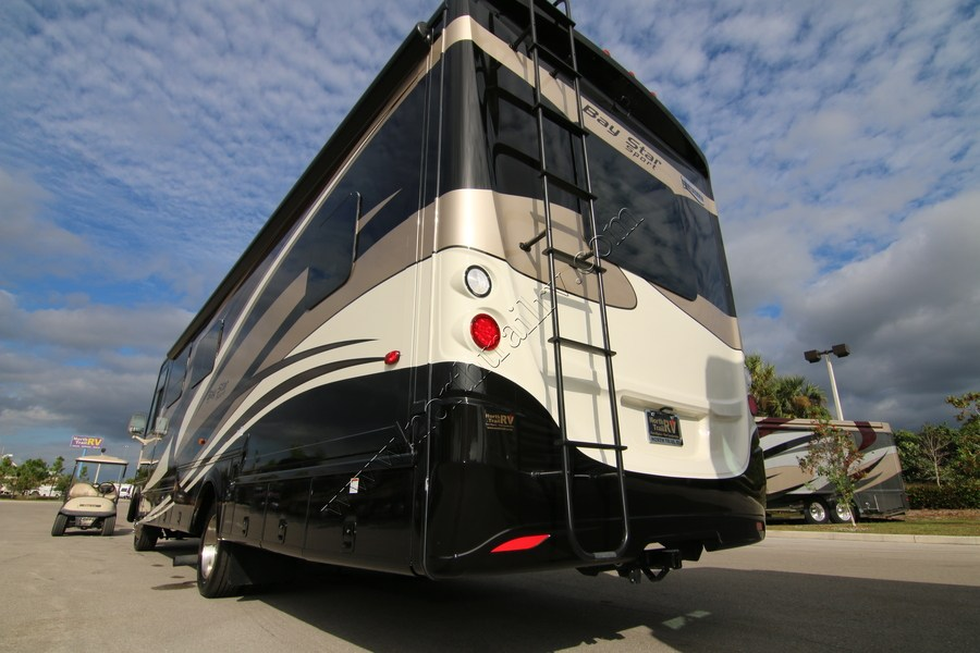 Luxury 2017 Newmar Bay Star Sport 3210 Class A Gas Motorhome Stock 9978