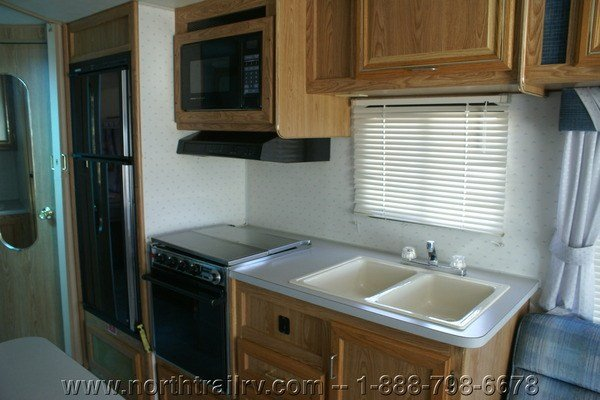 Simple 1992 Damon Challenger 32 Class A Gas Motorhome Stock