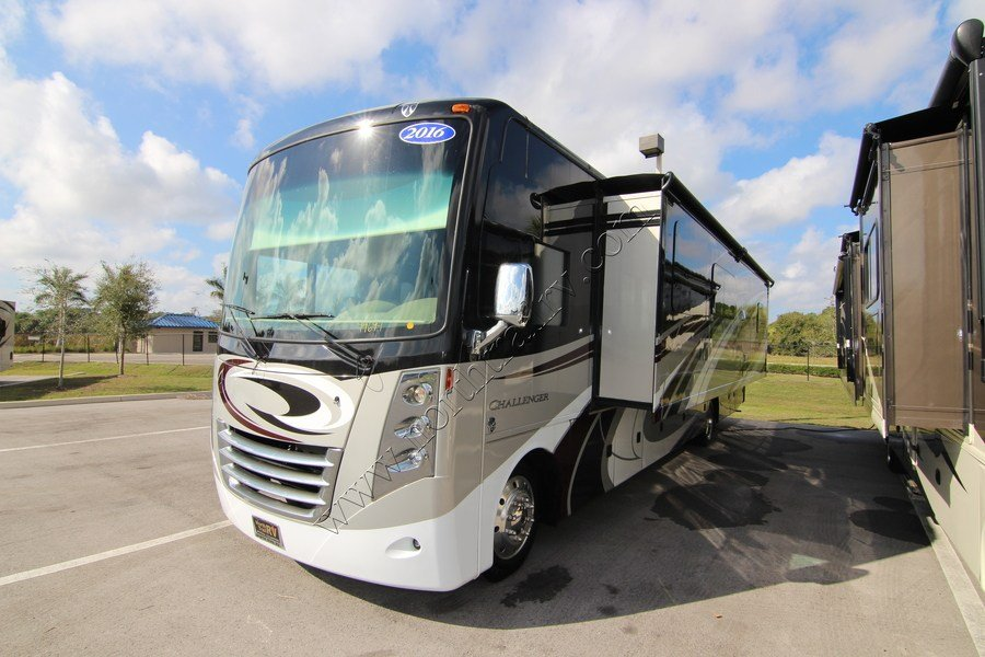 Unique 2016 Thor Challenger 37LX Class A Gas Motorhome Stock