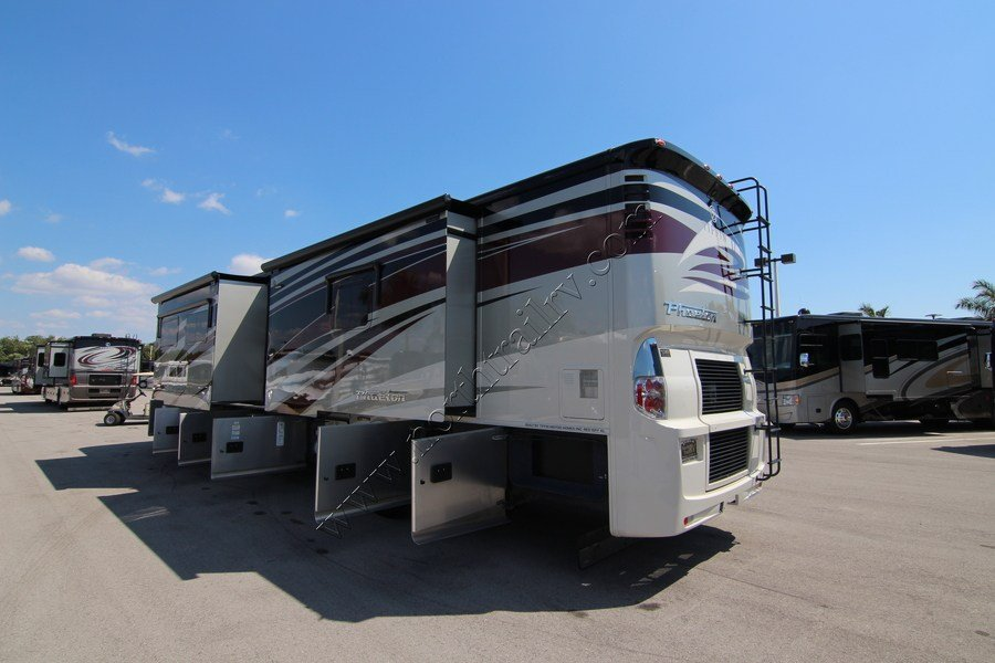 Excellent 2017 Tiffin Phaeton 40AH Class A Diesel Motorhome Stock