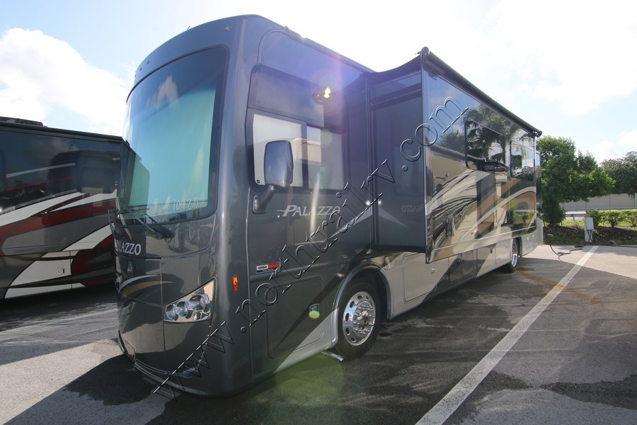 2018 Thor Palazzo 36 3 Class A Diesel Motorhome Stock 10429